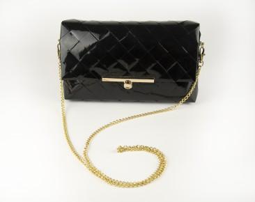 BLACK Elegance- clutch alkalmi táska lánccal